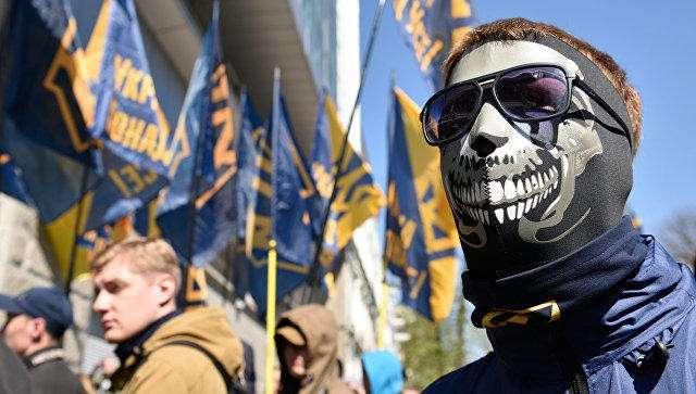 «Украинская Украина»: возвращение к кровавому неонацистскому идиотизму