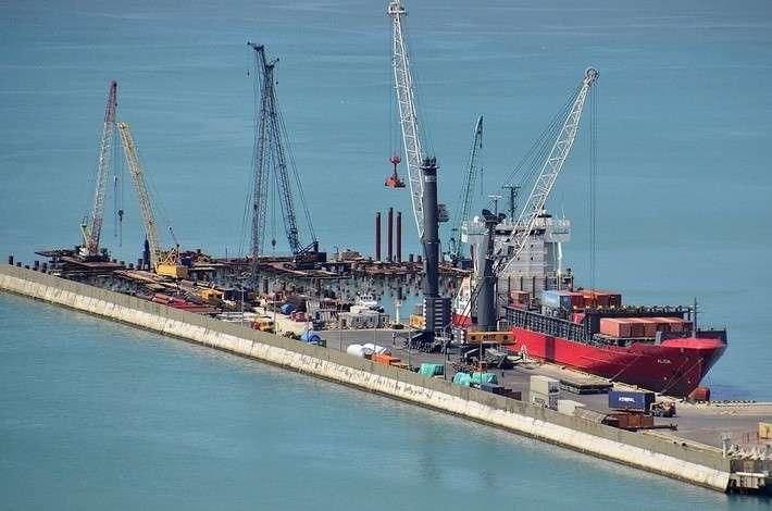Строительство глубоководного причала для контейнеровозов вНовороссийске