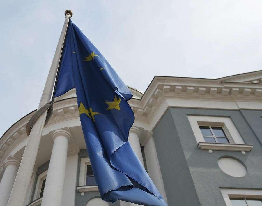 Заигравшаяся в санкции Европа губит сама себя