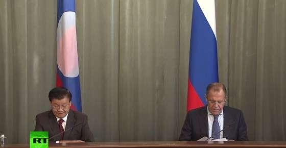 Главы МИД России Сергей Лавров и Лаоса подводят итоги встречи