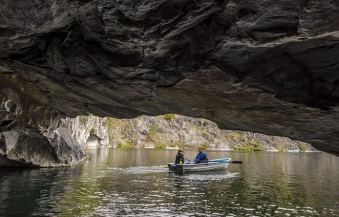 «Подземная Рускеала» – мраморные лабиринты карельских подземелий