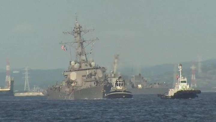 Эсминец протаранил контейнеровоз: ленивые американские вояки проспали своё кораблекрушение