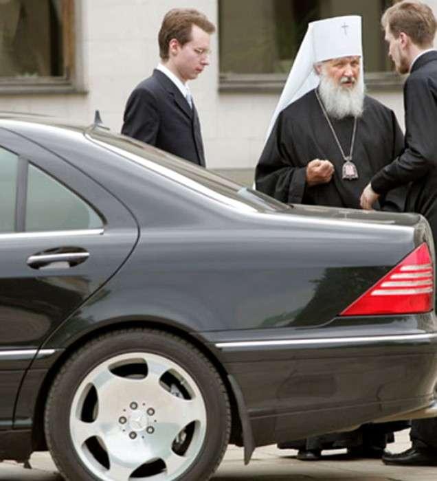 Московский главпоп повелел братве не ездить на дорогих автомобилях