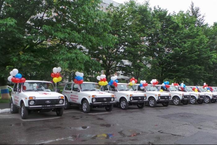 В Северной Осетии врачам и фельдшерам передано 42 автомобиля «Нива»