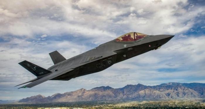 F-35 пролетел «как фанера над Парижем». Сенсационный позор в Ле-Бурже