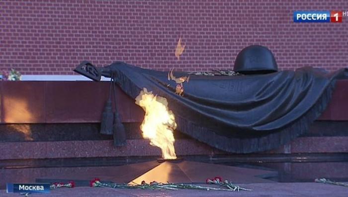 В Москве зажгут 1418 свечей в память о Великой Отечественной войне