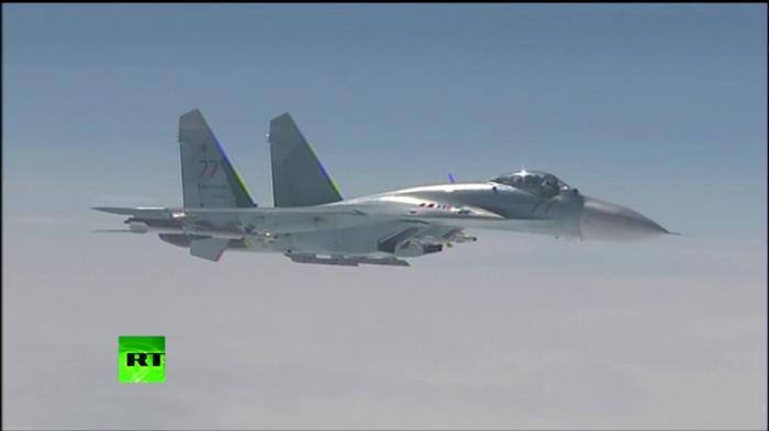 Су-27 над Балтикой отогнал истребитель НАТО от самолёта Сергея Шойгу