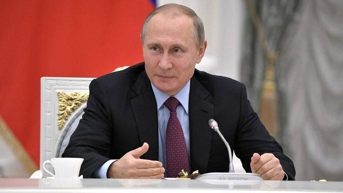 Владимир Путин провёл встречу сучителями– наставниками выпускных классов