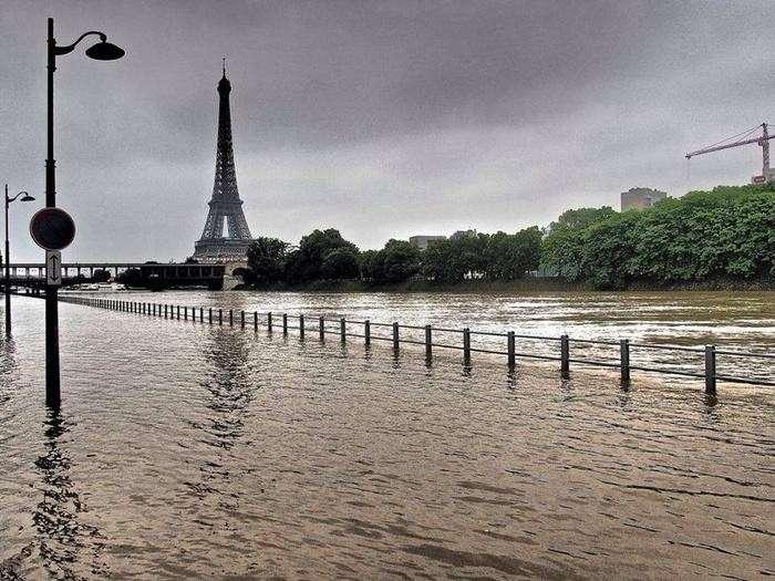 Как победим. Французскую прессу шокировала погоня русских за бандитами по Парижу