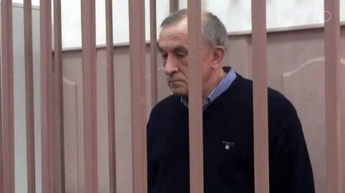 Суд арестовал имущество бывшего главы Удмуртии и его семьи – восемь квартир и частный дом
