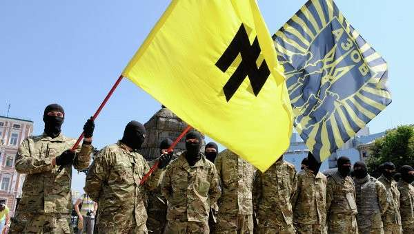 Западные СМИ закрывают глаза на нацистскую суть киевской Хунты