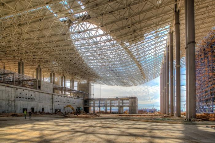 В аэропорту «Симферополь» полностью завершен монтаж металлоконструкций нового терминала