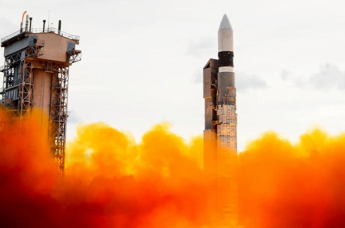 На целевую орбиту выведен спутник Минобороны и принят на управление