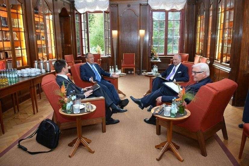 В Берлине начались четырёхсторонние переговоры глав МИД РФ, Украины, Франции и Германии
