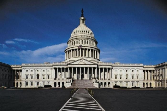 США – самая коррумпированная страна в мире, учит других бороться с коррупцией