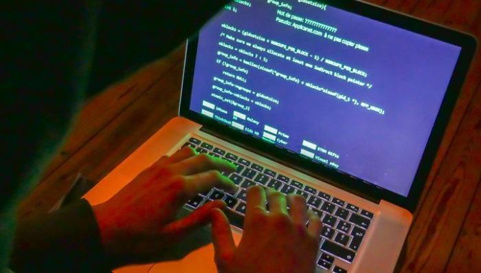 На Украине хакеры устроили коллапс: атакованы метро, аэропорты, банки
