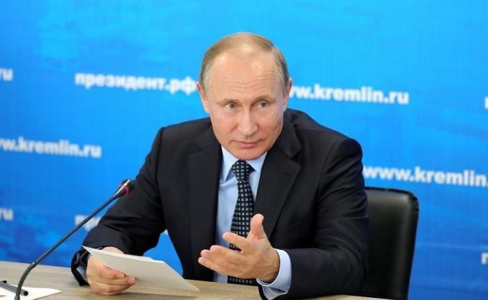 Владимир Путин принял участие в заседании вконцерне «Калашников» поразвитию машиностроения иОПК