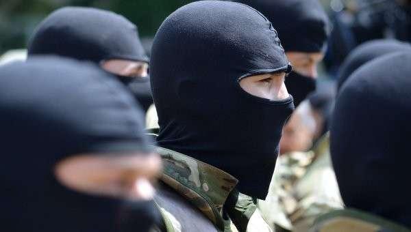 Ополченцы бомбят «Правый сектор» по наводке МВД