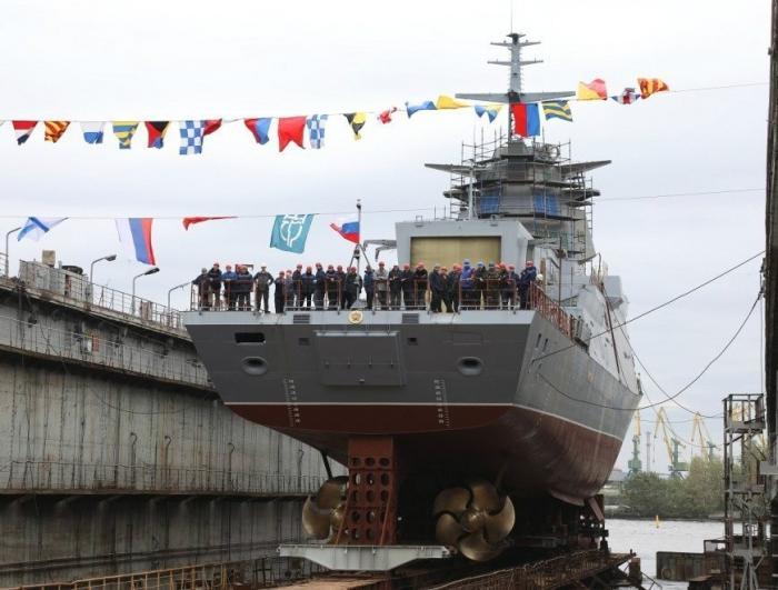 ВСанкт-Петербурге наводу спущен корвет «Гремящий»