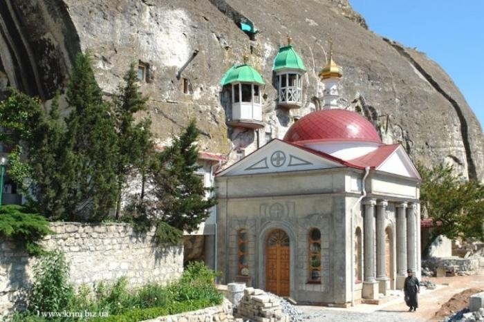 Экскурсионная поездка в Крым. Обзор достопримечательностей