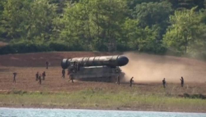 Баллистическая ракета из КНДР могла долететь до Аляски