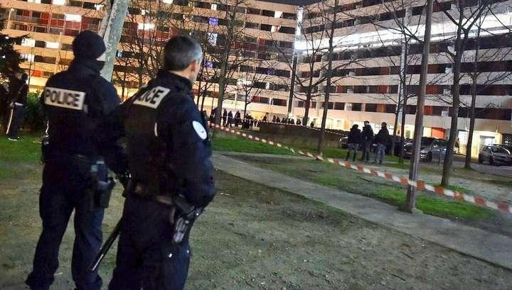 Во Франции в результате стрельбы в Тулузе семеро людей получило ранения и один погиб