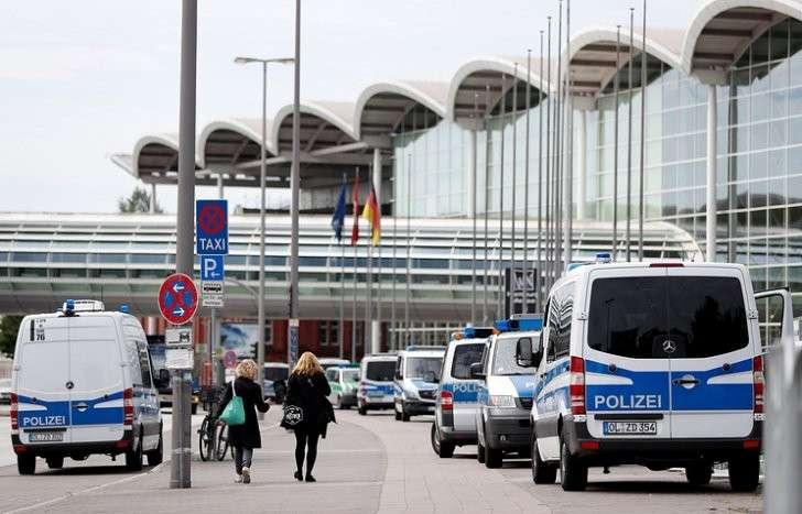 Усиление мер безопасности у выставочного центра в Гамбурге