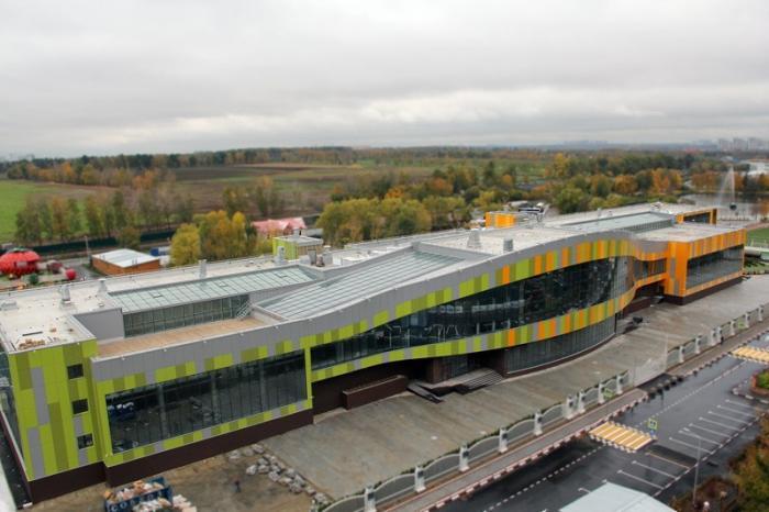 В Подмосковье завершено строительство новой школы на550 мест