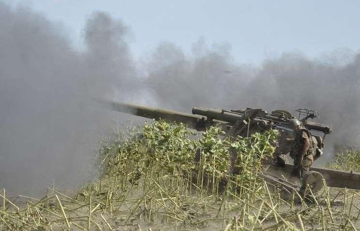 Украинским силовикам поставлена задача до 24 августа взять Донецк