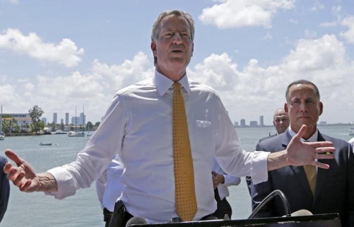 Мэр Нью-Йорка поедет в Гамбург протестовать и делать себе рекламу