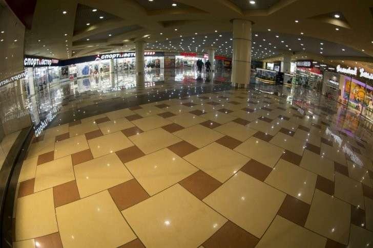 Кризис прогнал арендаторов из торговых центров всей России