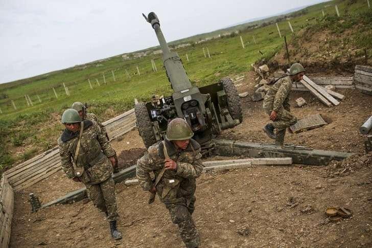 Азербайджан заявил о нанесении упреждающих ударов по армянской армии в Карабахе
