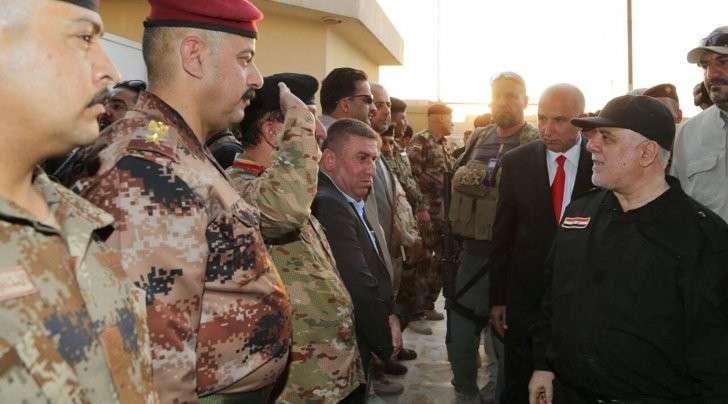 Премьер Ирака прибыл в Мосул и поздравил армию с победой над ИГ
