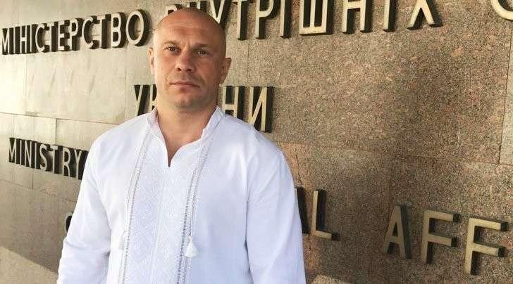 Политическое рейдерство: зачем советнику главы МДВ Социалистическая партия