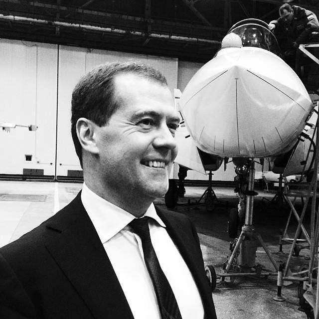 Медведев против Путина: смелость, глупость, или уверенность в безнаказанности?