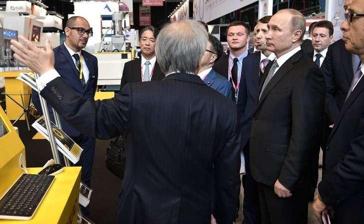 Вовремя посещения Международной выставки промышленности иинноваций ИННОПРОМ-2017.