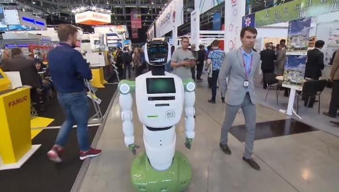 На выставке «Иннопром-2017» показали убийцу дронов, роботов и чудо-кепку