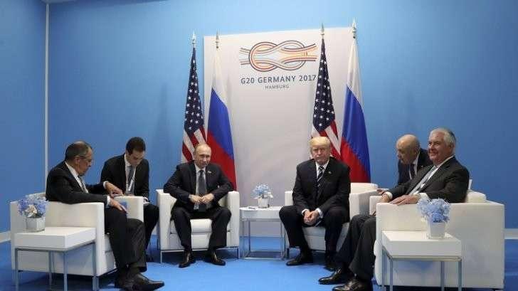 Владимир Путин играет на слабостях Дональда Трампа как матёрый разведчик, SZ