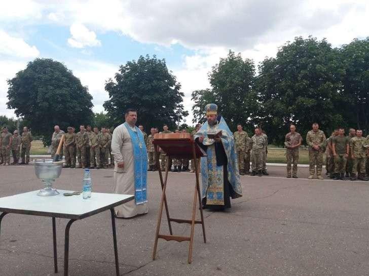 В Донбассе иуды московского патриархата передали карателям запчасти для военной техники
