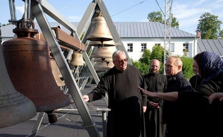 Вовремя посещения Коневского Рождество-Богородичного монастыря.