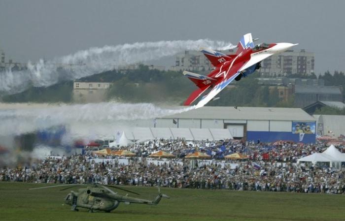 Чем удивлял авиасалон Международный авио-космический салон за прошедшие 25 лет