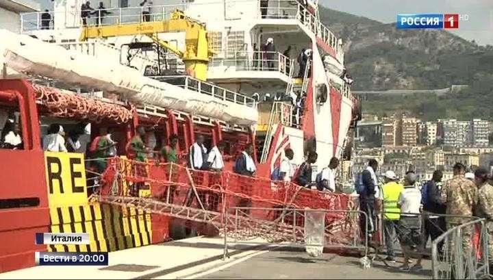 Италию заполняют тысячи молодых беженцев с сомнительными документами