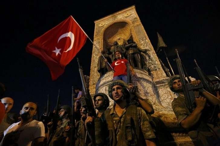 От переворота к султанату: как Турция изменилась спустя год после неудавшегося путча