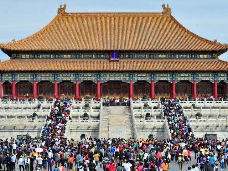 Жестокая правда о десяти самых знаменитых туристических объектов