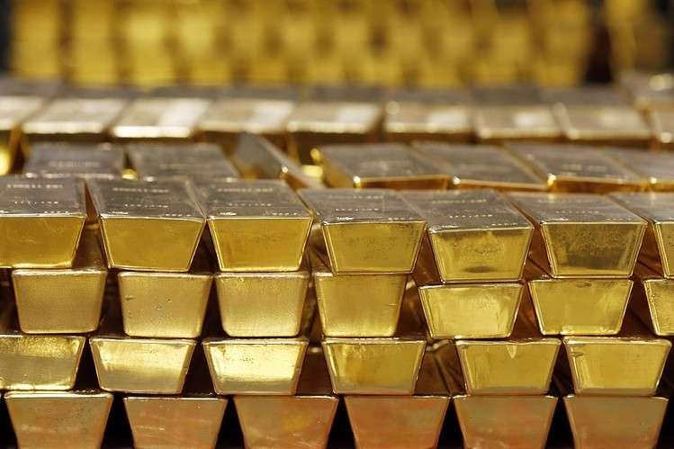 Пока Запад наказывал Путина санкциями, Россия скупила почти семьсот тонн золота