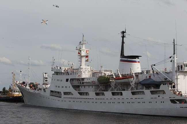 «Адмирал Владимирский» отправился в кругосветную научную экспедицию