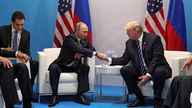 Трамп рассказал подробности о неформальной встрече с Путиным на саммите G20