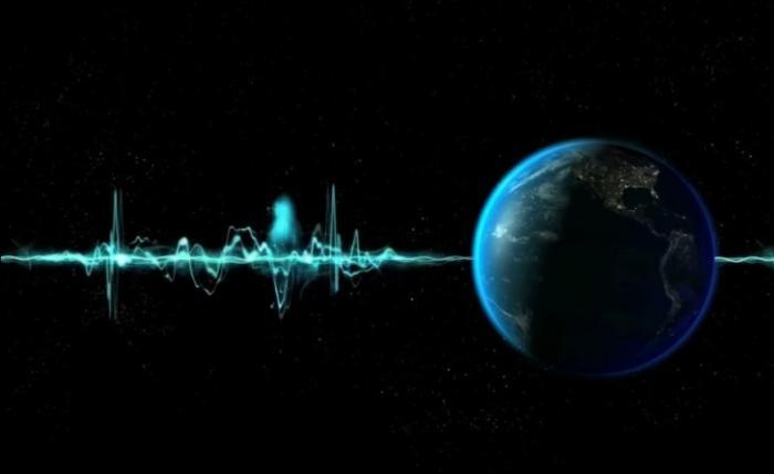 Ученые недоумевают: сигнал из космоса обогнал скорость света в 4 раза