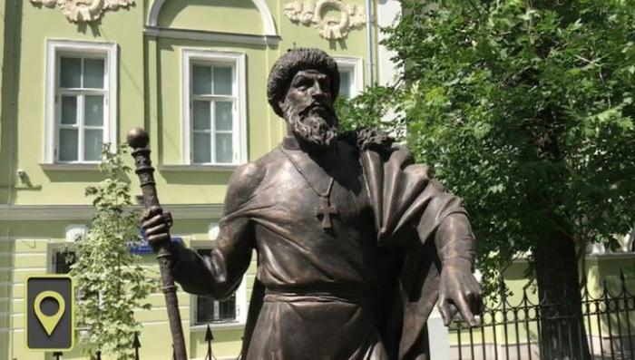 В Москве установили памятник Ивану Грозному