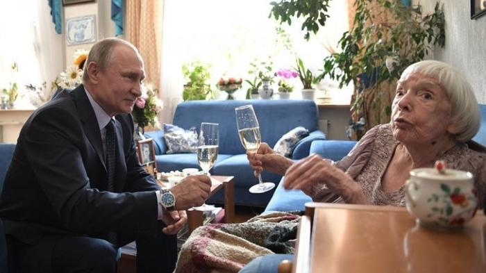 Как тимуровцы к оппозиционерам ходили или троллинг 110-го уровня от Путина